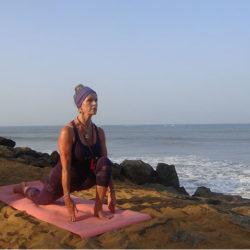 yoga in sri lanka - boat trip 110114 012-crop-u5804