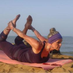 yoga in sri lanka - boat trip 110114 050-crop-u5824